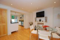 2 bedroom Flat in Malden Road...