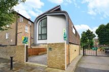 2 bedroom property in St Pauls Crescent...