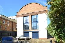 St Pauls Mews property to rent
