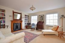 2 bed Maisonette to rent in North Gower Street...