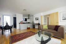 3 bed Flat to rent in Oval Road, Camden Town...