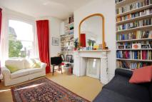2 bedroom Flat in Mercers Road, Islington...