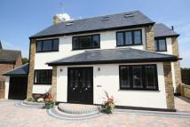 Detached home to rent in Heron Close...