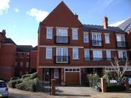 4 bedroom Flat to rent in Rosebury Square...