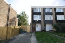 3 bed End of Terrace house in Roycroft Close, London
