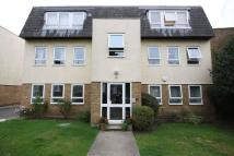 Flat to rent in Clover Court...