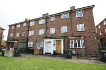 2 bed Flat to rent in Hillyfields, Loughton