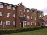 Flat to rent in HONEY CLOSE, Dagenham