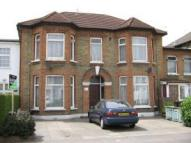 Flat in ARGYLE ROAD, Ilford