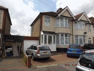 4 bedroom semi detached house to rent in Brixham Gardens, Ilford