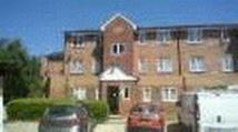 1 bed Flat in Express Drive, Ilford