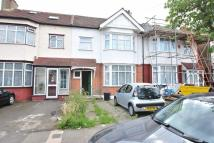3 bedroom Terraced property to rent in Glenham Drive, Ilford