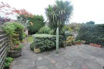 3 bedroom semi detached property to rent in Rosedene Gardens, Ilford