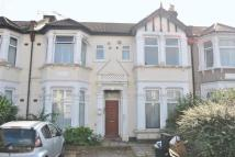 1 bed Apartment in Mayfair Avenue, Ilford