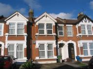 Flat in Ingleby Road, Ilford