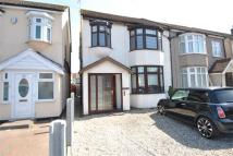 3 bedroom semi detached home to rent in Jutsums Lane, Romford