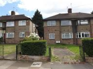 2 bed Flat to rent in Fullwell Avenue, Ilford