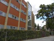 1 bedroom Detached property in Violet Road, London