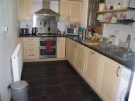Flat to rent in Windsor Road, Forest Gate