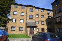 Apartment to rent in Gurney Close, Barking...