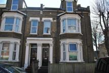 Flat to rent in Church Hill, Walthamstow...