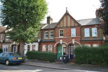 3 bed Apartment to rent in Warner Road, London
