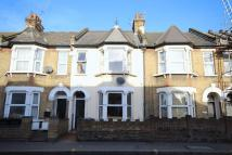 Flat to rent in Forest Road, Walthamstow...