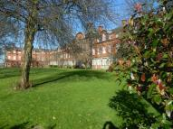 Flat to rent in Springhill Court...