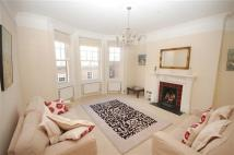 Apartment to rent in Ilchester Mansions...