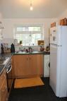 Maisonette to rent in Elm Road, Thornton Heath