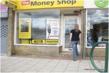 Shop to rent in Self Contained Shop To...