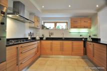 2 bedroom Apartment to rent in *** NO AGENCY FEES ***...