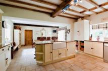 6 bed Detached property in Hoar Cross...