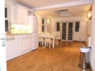 3 bedroom Flat to rent in Wellesley Road, Chiswick...