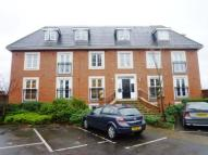 Syon Court Apartment to rent