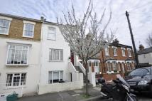 1 bedroom Flat in Priory Road, Chiswick, W4