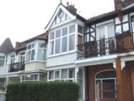 Southfield Road Flat to rent