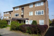 2 bedroom Flat to rent in Glendower Crescent...