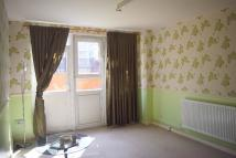 1 bedroom Ground Flat to rent in New North Road, London...