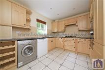 4 bedroom Detached home to rent in Cockfosters Road, London...