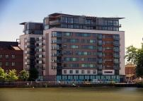 2 bed Apartment in Witham Wharf...