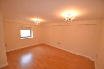 3 bedroom Apartment in Kentmere Drive, Lakeside...