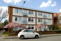 2 bedroom Flat to rent in Liskeard Gardens...