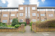 Flat in Argyle Road, Ealing
