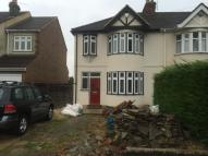 3 bed semi detached house to rent in Fairholme Avenue Gidea...