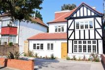 5 bed semi detached property in Allington Road, London, ...