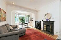 2 bedroom Farm House in Burgess Hill, London...