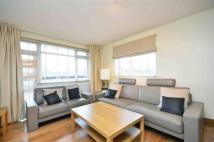 3 bedroom Flat in Fairfax Road, London, ...