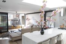Cottage to rent in Rosemont Road, London, ...