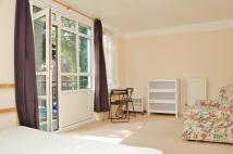 1 bedroom Studio apartment to rent in Hinchinbrook House...